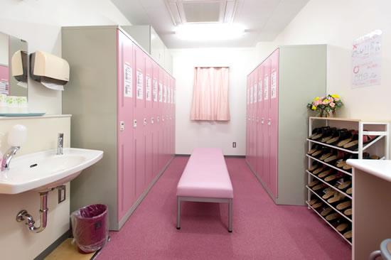 女性更衣室